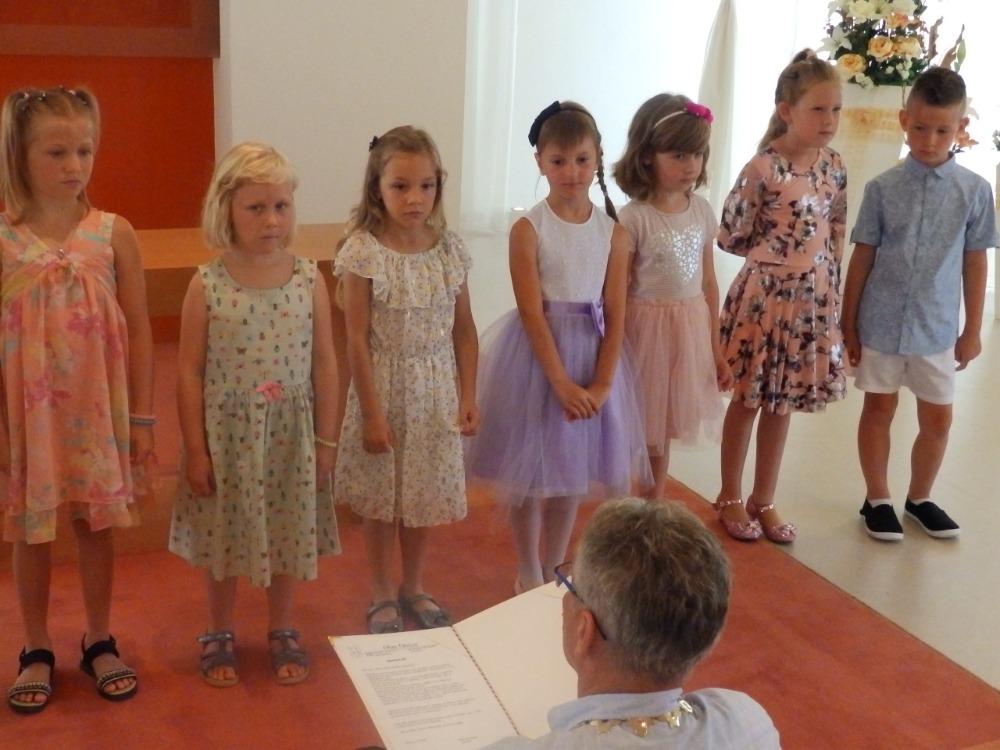Rozloučení s předškoláky na OÚ - povídání, co je čeká - p.starosta